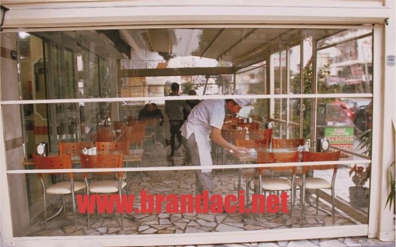 seffaf branda motorlu cafe restoran stor perde sistemi